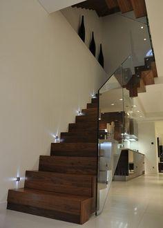 10 Stairway lighting