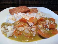 Karotten-Curry mit cremiger Bananen-Sesam-Mandelsosse