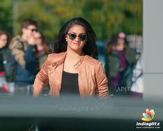 Keerthy Suresh Hot, Keerti Suresh, South Actress, South Indian Actress, Girl Photo Poses, Girl Photos, Most Beautiful Bollywood Actress, Tamil Actress Photos, Beautiful Girl Photo
