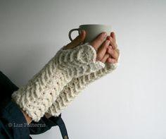 How To Crochet Fingerless Gloves | Crochet fingerless ... by Luz Patterns | Crocheting Pattern