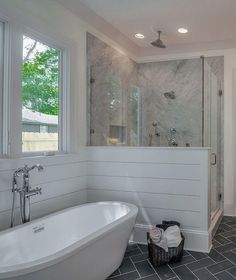 Beautiful Master Bathroom Remodel Ideas (19) #bathroomremodeling #bathroomremodeling