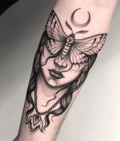 As you contemplate your options for a new tattoo in T., how do you decide which is the best, most trustworthy shop? Which shops have the artistry to help realize your tattoo vision? Body Art Tattoos, Hand Tattoos, Girl Tattoos, Tattoos For Guys, Flower Tattoos, Script Tattoos, Key Tattoos, Butterfly Tattoos, Pretty Tattoos