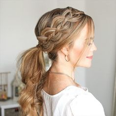 Amazing Summer Braids for Long Hair Amazing Summer Braids for Long Hair 2019 Hot trends for long girls' hair are different compositions of spikelets, braids, buns, colored strands and tails. Inspire photos with ideas and make your dreams come true! Braided Hairstyles For Wedding, Bride Hairstyles, Summer Hairstyles, Summer Braids, Braids For Long Hair, Short Braids, Braid Hair, Braid Ponytail, Medium Hair Styles