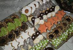 Karácsonyi linzerek Avocado Toast, Sushi, Biscuits, Cookies, Breakfast, Ethnic Recipes, Food, Crack Crackers, Crack Crackers