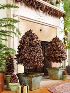 Giovana Hotta Giordani Design de Interiores Pintura decorativa: Árvores de Natal