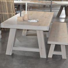 kloostertafel, eiken tafel, designtafel eiken, designtafel, eikenhouten tafel, eiken eettafel, tafel op maat, eiken tafel met schuine poten, eiken tafel op maat, eettafel