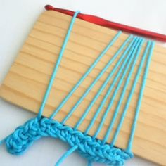 Crocheting with a Peruvian Loom (Wood Block) - Tutorial ❥ 4U // hf