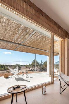 Can Xomeu Rita - Marià Castelló · Architecture Contemporary Architecture, Interior Architecture, Charming House, Minimal Home, Tropical Houses, Exterior Design, Outdoor Living, Construction, House Design