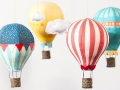 DIY Hot Air Balloon Mobile: Kits and Fabric panels from Craft Schmaft Hanging Balloons, Diy Hot Air Balloons, Large Balloons, Hot Air Balloon Craft For Kids, Felt Squares, Balloon Crafts, Shower Bebe, Baby Shower, Diy Bebe