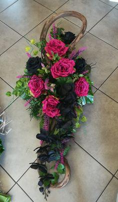 Church Flower Arrangements, Fresh Flowers, Funeral, Florals, Floral Wreath, Bloom, Wreaths, Winter, Plants