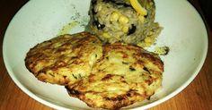 Εξαιρετική συνταγή για Μπιφτέκια κοτόπουλου με ριζότο μανιταριών (στην υγιεινή έκδοση). Η συνταγή βασίζεται πιο πολύ σε ένα πιο υγιεινό τρόπο μαγειρέματος. Μπιφτέκια απίστευτα και ένα ριζότο μανιταριών που δεν έχει να ζηλέψει κάτι από την γνήσια συνταγή ενός ριζότου μανιταριών. (2 μεγάλες μερίδες)