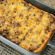This stroganoff recipe is made with ground beef, crescent rolls, onion, mushrooms, and sour cream and cheese. Beef stroganoff bake with crescent rolls. Beef Casserole Recipes, Meat Recipes, Baking Recipes, Recipies, Yummy Recipes, Pilsbury Recipes, Hamburger Recipes, Yummy Food, Weekly Recipes