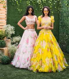 Double the floral double the fun . Stunning yellow and blush pink color lehenga and cropt tops. Lehenga with floral print and tops with floral hand embroidery work. Alice in Bohemia 24 April 2019 Indian Fashion Dresses, Indian Bridal Outfits, Indian Gowns Dresses, Dress Indian Style, Indian Designer Outfits, Designer Dresses, Long Gown Dress, The Dress, Floral Lehenga