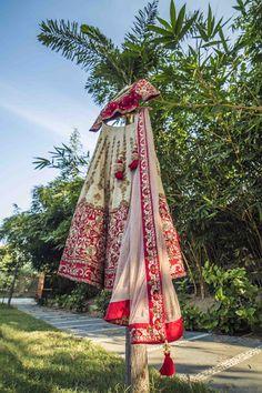 "taswir studio ""Portfolio"" album#weddingnet #wedding #india #indian #indianwedding #weddingdresses #mehendi #ceremony #realwedding #lehengacholi #choli #lehengaweddin#weddingsaree #indianweddingoutfits #outfits #backdrops #groom #wear #groomwear #sherwani #groomsmen #bridesmaids #prewedding #photoshoot #photoset #details #sweet #cute #gorgeous #fabulous #jewels #rings #lehnga"
