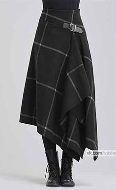 Modern take on a kilt in black with white windowpane pattern - Designer Dresses Couture Mode Outfits, Skirt Outfits, Dress Skirt, Fashion Outfits, Womens Fashion, Kilt Skirt, Tartan Fashion, Trendy Fashion, Fashion Fashion
