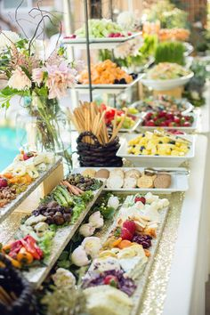 Whimsical Oakland Wedding Hint to help save money on catering, we could make all the appetizers or side dishes! Organize them all fancy on a table like this ! Appetizers Table, Wedding Appetizers, Wedding Desserts, Appetizer Table Display, Wedding Appetizer Table, Easy Wedding Food, Vegan Wedding Food, Buffet Set, Brunch Buffet