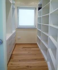 Begehbarer kleiderschrank größe  begehbarer-kleiderschrank-hinter-bett (7) | Home Styling Ideas ...