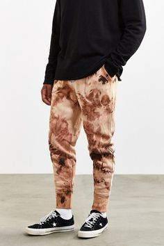 Urban Outfitters UO Bleached Cloud Wash Knit Jogger Pant