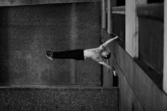 Impressive Physical Strength Paired with London Architecture - My Modern Metropolis - Photographer Pip and freerunner Tim Shieff. Parkour, Sport Photography, White Photography, Black White Photos, Black And White, Human Flag, London Architecture, Modern Metropolis, Photo Archive