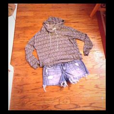 A&F denim Jean shorts. Med wash. Low rise. Distressed look. Sz 6. Bundle available Abercrombie & Fitch Shorts Jean Shorts