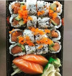 Sushi Recipes, Asian Recipes, Healthy Recipes, Food Porn, Best Food Ever, Food Goals, Aesthetic Food, Food Cravings, Soul Food