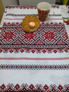 Pomenirea mortilor Romania, Bohemian Rug, Folk, Rugs, Home Decor, Farmhouse Rugs, Decoration Home, Popular, Room Decor