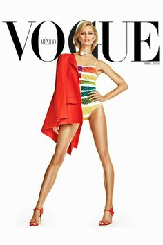 Karolina Kurkova wearing Chanel pearl necklace for Vogue Mexico April 2014 Vogue Magazine Covers, Fashion Magazine Cover, Fashion Cover, Vogue Covers, Vogue Vintage, Fashion Models, High Fashion, Vogue Photography, Famous Photography