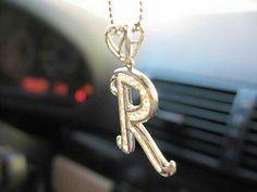R Letter Design, Alphabet Design, Alphabet Wallpaper, Name Wallpaper, Floral Letters, Love Letters, Stylish Alphabets, Alphabet Necklace, Cute Love Stories