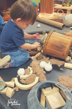3 Simple Ways to Get Children to Pick Up Loose Parts If I were completely honest, I'd tell you I nearly gave up on loose parts because of the mess in my classroom at the end of the day. I remember seeing all of those beautiful photos of loose parts in action. I loved the creativity, exploration, and inventiveness the children were engaged in. However, over time I learned to get children to help with the clean up! Reggio Inspired | Loose Parts | Fairy Dust Teaching