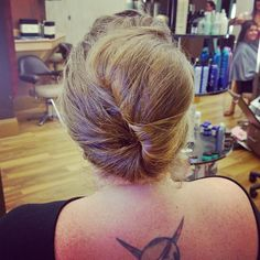 Another updo done by herself. Adriane's getting good at these simple updos to wear during the week!