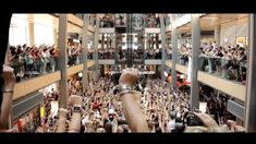 Hamburg Singt - Größter Flashmob Deutschlands (Official) - YouTube