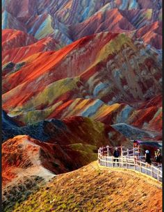 Les destinations les plus spectaculaires du monde - Zhangye Danxia Chine