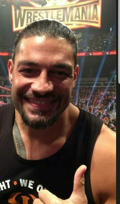 60 Trendy Ideas For Funny Face Pics Guys Roman Reigns Smile, Wwe Roman Reigns, Funny Quotes For Teens, Funny Quotes About Life, Roman Reighns, Funny School Answers, Funny Faces Pictures, Love Your Smile, Supernatural Funny