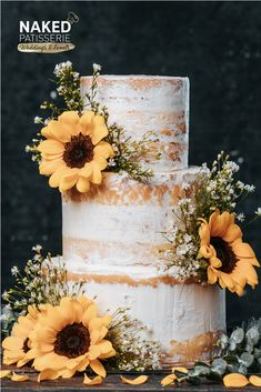 wedding cakes autumn Sunshine Day cake is bound to brighten your special day Sunflower Party, Sunflower Cakes, Sunflower Wedding Cakes, Cascading Wedding Bouquets, Summer Wedding Bouquets, Wedding Cakes With Sunflowers, Tall Wedding Centerpieces, Outdoor Wedding Decorations, Wedding Arch Rustic