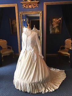 Amazing Victorian Dress English National Opera Anna KarenIna, Beautiful!!!