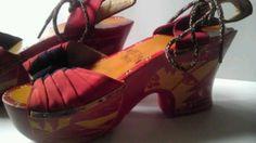 1940s-wooden-platform-sandals-with-volcano-motif2