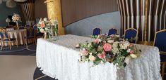 Silk flower wedding decor done by DenOli Events, Craiova, Romania