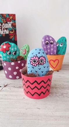Stone Painting Cactus Rock Art - Ζωγραφισμένες πέτρες - Best Picture For cactus flower For Your Taste You are looking for something, and it is going to t - Wood Painting Art, Stone Painting, Rock Painting, Cactus Painting, Chalk Art, Cactus Rock, Stone Cactus, Painted Rock Cactus, Cactus Cactus