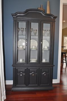 How to repaint a china cabinet/hutch...LOVE THIS/WANT THIS COLOR!