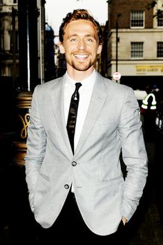 Tom Hiddleston. You are a good lookin redheaded man. RARE! ----- it's not red, it's auburn, and it is so damn gorgeous!