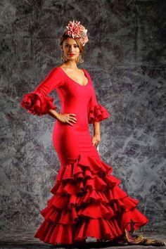 Size 38 - Delicia Red (Same photo) Flamenco Costume, Flamenco Dancers, Spanish Dress, Spanish Woman, Blouse And Skirt, En Stock, Dance Dresses, Samar, Costume Design