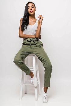 7a80b60a19bb 44 najlepších obrázkov z nástenky Rouzit ♥ Dámske nohavice v roku 2019