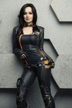 Miranda Lawson Cosplay