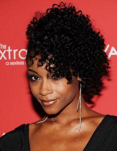 20 Celebrities with Natural Hair. Including Yaya DeCosta, Solange Knowles, Kim Wayans, Erika Badu, Kelis, and Jill Scott, to name some.