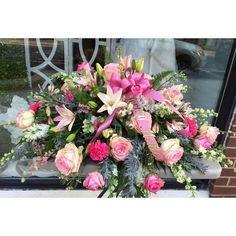 A stunning casket cover for the memory of a lovely lady. #florist #flowers #flowershop #princetagram #nj #princeton #yardley #pa #buckscounty  #mmflowers