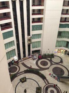 The Emporio Hotel: atrium and mall