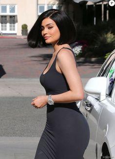Kylie Jenner fait du shopping chez Barneys New York à Beverly Hills, Californie, Etats-Unis, le 14 juillet 2016.