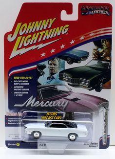1:64 JOHNNY LIGHTNING 2016 MUSCLE CARS USA 1971 MERCURY MONTEGO - Knight White #JohnnyLightning #Mercury