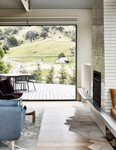 A contemporary country home in Thornton, Victoria, inspired by landscape. Doherty Design Studio and Detail 9 Architects create an idyllic regional retreat with expansive views in Thornton, Victoria. Australian Architecture, Australian Homes, Australian Country Houses, Classical Architecture, House Architecture, Landscape Architecture, Design Studio, House Design, Loft Design