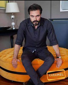 Manet, Turkish Actors, Up Girl, Celebrity Gossip, Handsome, Mens Fashion, Celebrities, Boys, Jackets